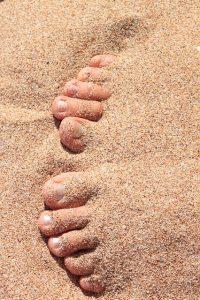 Zahrabané nohy